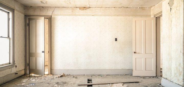 dilapidated-983952_640