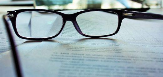 glasses-983947_640 (1)
